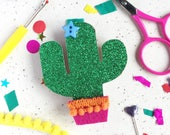 Cacti Badge Making Kit, Badge, Cactus badge, cactus pin, favours, party favours, craft kit, cacti gifts, gifts for her, craft gift