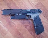 Titanfall 2 Smart Pistol Replica