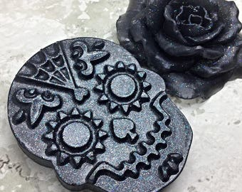 Skull and Rose Soap , Gift Set , Glycerin Soap , Shaped Soap ,  Gift , Gift for Her , Gift for Him ,  Coworker Favor