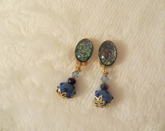 Clip earrings, glittery blue cabochon and pendant blue Lampwork bead