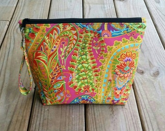 Paisley make-up bag, cosmetic bag, Travel bag, large make-up bag, Toiletry bag, gifts for her, yarn bag