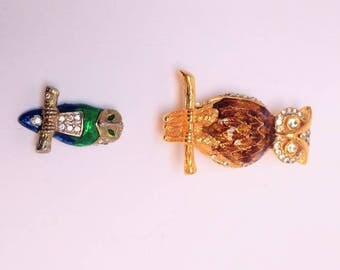 Vintage owl brooch pin set