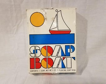 Vintage Avon Soap Boat Floating Sailboat Soap Dish with Original Box