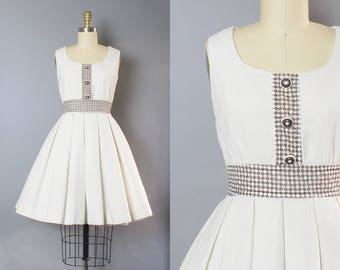 1950s Pique Gingham Cotton Dress/ Small (35B/25W)
