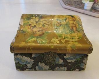 ANTIQUE VANITY BOX