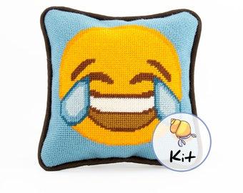 "Small Needlepoint Emoji Kit, Modern Tapestry DIY kits, Fun Beginner Needlepoint, Emoji Printed Canvas, Stitching kit, Cute Dorm Decor, 8""x8"""