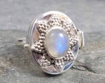 Large RAINBOW MOONSTONE and 925 Silver Poison Box Ring Size Q, R 1/2