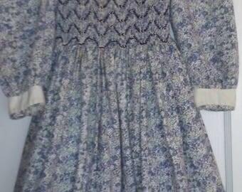 Vintage Polly Flinders Girl's Dress hand smocked sz 5 1960s Chile Polyester blend