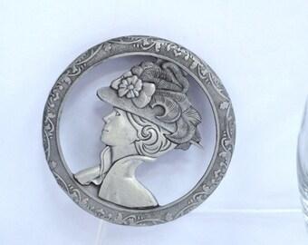 Pewter Lid Glass Potpourri Bowl Trinket Dish, Vintage Feathered Hat Lady Design Lid Jewelry Holder Glass Dresser Top Display Jewelry Storage