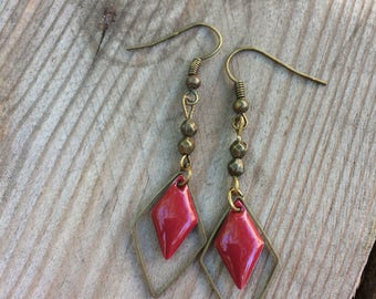 Bronze earrings with Burgundy enameled