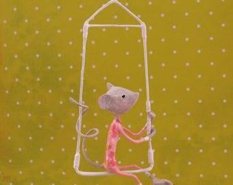 Mobile papier mâché, mobile rose gold, souris, mobile fille, décor enfant, décoration rose, décor poétique, mobile poétique, mobile OOAK