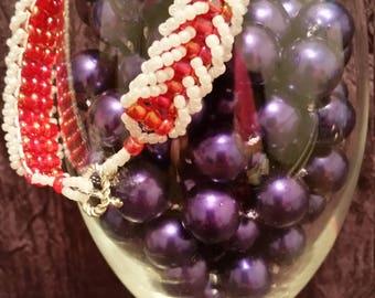 Seed Bead Loops Bracelet