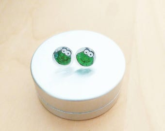 CLEARANCE SALE! SLIGHT defect earring frog