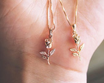 Dainty rose necklace| Valentines day gift for her| girlfriend gift| best friend gift| rose necklace gold| rose charm necklace | gift for mom