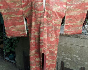 Vintage 1960's winter-weight fully lined classic kimono in deep salmon pink