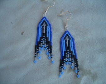 Blue arrow beaded earrings. Native American Hand Made. Fringed. Delica Beads. Brick Stitch. Southwest Design. First Nation. ndn.