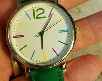 fun large face round dial wrist watch by FMD Fossil green Band 3-hand analog