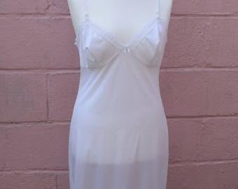 Vintage Charnos white slip, size UK 16