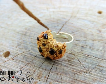 Ring chewed cookie (fimo)