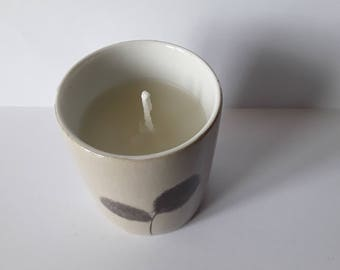 Natural beeswax porcelain candle holder