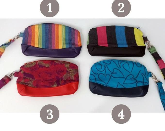 Wrap conversion wristlet, handbag, babywearing bag - Dahlia Wrap - Yaro - Pavo