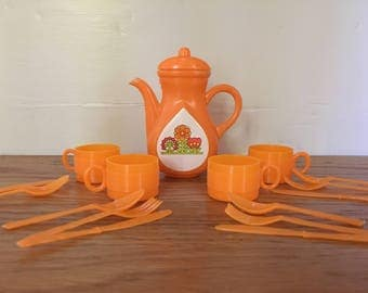 Vintage dimestore tea set, orange tea set, play tea set, 70s tea set, plastic tea set, Hong Kong tea set, Hong Kong 70s toys, dimestore toys