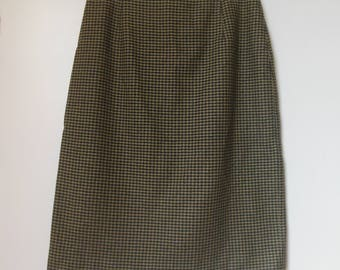 Vintage Ann Taylor Wool/Nylon Fully Lined Pencil Skirt Beige/Black Houndstooth Size 4