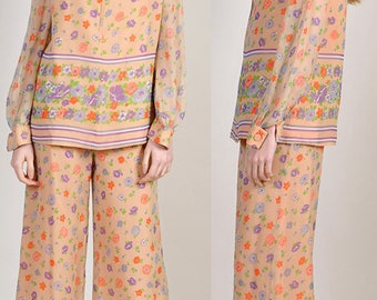 lovely vintage 1970's hippy chic palazzo set                       H11