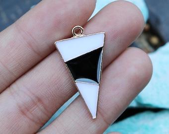 set of 5, triangle charms, black white charms, metal charms, 30mm x 16mm, boho charms, modern charms, earring charms, geometric charms,