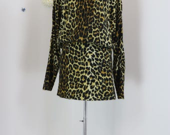 1980s Dress - Sexy Leopard Animal Print Mini Dress - Tunic Dress - Long Dolman Sleeve - Warm Knit - Winter Fall - Party Dress - Size Small