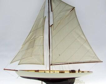 "39"" Columbia Sailing Boat Model"