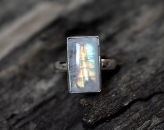 Rainbow Moonstone Ring , 925 Solid Sterling Silver Ring , Moonstone Gemstone Ring , moonstone ring , Stacking ring - #252