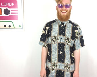 Floral Crown Print Shirt Vintage 90s Bold Black Green Spotty Abstract Crazy Wavey PAttern Shirt SMALL Loose Fit Button Up Summer Quaterback