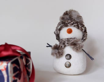 Snowman doll, needle felted snowman, New Year decorations, Christmas gift, cozy home decor, desk accessories