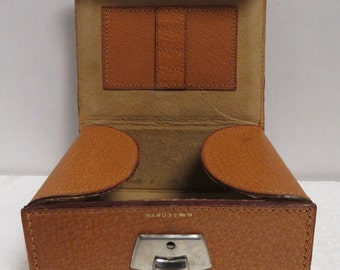 Vintage Stamped England Woodward & Lothrop Hand Sewn Leather Travel Jewelry Case.