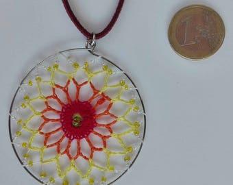 Mandala crochet pendant with cotton yarn, craftsman, handmade, original, crystal beads, cheerful, colorful and vegan.
