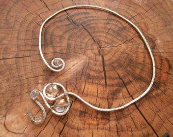 RIGID necklace for wedding Austrian Crystal beads and hammered metal