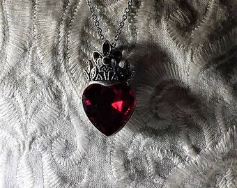 Ruby red crystal heart necklace. FREE shipping in the USA! Gift box included!