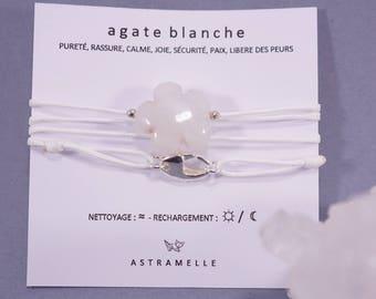 Necklace / white Agate treats Charm Bracelet
