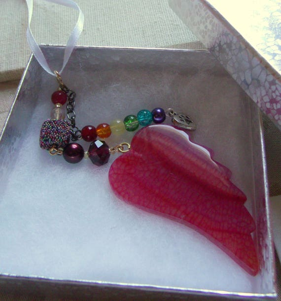 Pet loss gift - red wing ornament - agate pendant - angel wing -  Pet sympathy gift - dog loss - window ornament - fur baby memento -