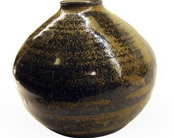 "Art Headley Chartreuse Stoneware Pottery Vase, 4-1/2"" H, Ikebana (Saginaw, Minnesota) Free Domestic Shipping"