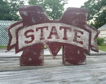 Distressed Wooden Mississippi State logo