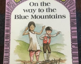 Puddle Lane Ladybird book - On the way to the Blue Mountains