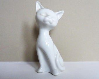 Small Cat Figurine, White Porcelain Cat, Kitten, Knick Knack