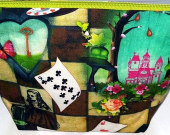 Alice in Wonderland / cosmetic bag / makeup bag
