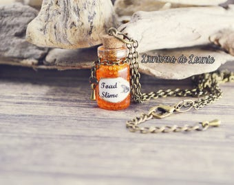 Collier Potion Bave Crapaud / Toad Slime / Fiole / Halloween
