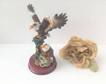Bald Eagle Resin Statue / Eagle Figurine / 2 Eagle Figurine / Eagle Statue / Collectable Eagle