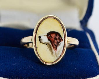 Antique 9ct Yellow GOLD & Handpainted Enamel SPANIEL DOG Unusual Ring - Sz M (Us 6.25 - 6.5)
