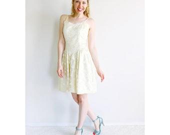 Vintage ivory dress |  cream lace dress drop waist sweetheart neckline engagement bridal shower wedding shower reception dress | size small