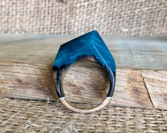 Wood and resin statement ring made of pine driftwood; ring size 18.61mm 8.5 R, mens ring, womens ring, wearable art